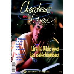 Lire la Bible avec des catéchumènes